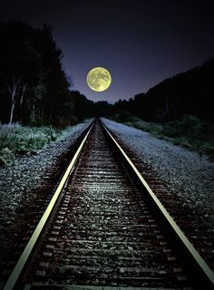 Railroad tracks and a full moon. There's always something magical about trains--and then you add the moon! Beautiful Places, Beautiful Pictures, Beautiful Moon Images, Simply Beautiful, Shoot The Moon, Train Tracks, Moon Art, Belle Photo, Night Skies