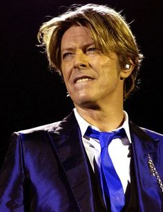 David Bowie - Live Berlin september 22 2002 MyBowieCollection (@DavidBowieColl)…
