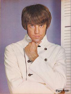 mark lindsay   The Monkees Davy Jones Micky Dolenz Angela Cartwright Mark Lindsay