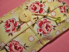 Tissue holder (button & bead)