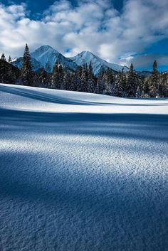 Mountains and shadows by Boris Michaliček. Winter Snow, Winter Holidays, Winter Time, Beautiful Sky, Beautiful Roses, Beautiful Places, Winter Photography, Landscape Photography, Nature Photography