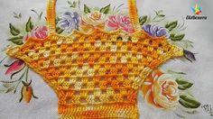 Nesse vídeo ensino passo a passo fazer uma cestinha de crochê para você decorar seu pano de prato. Veja outros em: http://www.elisbezerra.com.br/ http://elis...