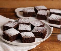 12+1 villámgyors és elronthatatlan kefíres sütemény | Mindmegette.hu Food, Mascarpone, Essen, Meals, Yemek, Eten