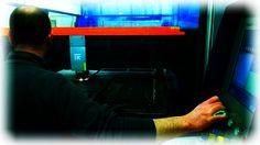 Uno sguardo dentro l'azienda: postazione Taglio Laser  #tagliolaser #acciaio   A look inside the factory: laser cutting machine #lasercutting #steel