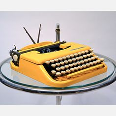 Vintage up-cycled typewriter from Kasbah Mod. Word.