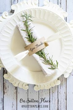 Thanksgiving Napkin Ring   Nifty Thanksgiving Decorations You'll Wish You'd Thought Of First