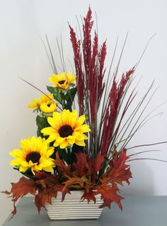 Terrific Photographs Webmail :: Seidenblumenarrangements, moderne Blumenarrangements und mehr Pins p . Concepts Among the absolute most wonderful and elegant types of flowers, we carefully picked the correspondin Sunflower Arrangements, Modern Flower Arrangements, Artificial Flower Arrangements, Silk Flower Arrangements, Artificial Flowers, Church Flowers, Fall Flowers, Orquideas Cymbidium, Deco Floral