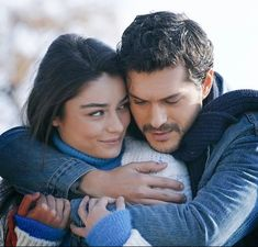 Ghost Photography, Muslim Couple Photography, Cute Couples Goals, Couples In Love, Cute Couple Videos, Couple Pictures, Feriha Y Emir, Romantic Gif, Aesthetic People