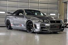 Nissan Skyline Gt, Nissan Gtr Skyline, Nissan Gtr Nismo, Tuner Cars, Jdm Cars, Japanese Sports Cars, Japan Cars, Sport Cars, Dream Cars