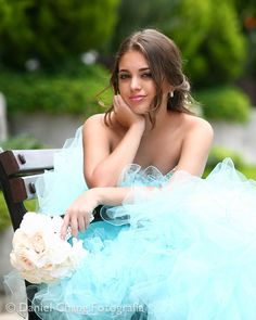 Sensitive supported quinceanera photography click this site Quinceanera Photography, Party Photography, Photography Women, Photography Tips, Quince Pictures, Prom Pictures, Quinceanera Dresses, Quinceanera Ideas, Prom Picture Poses