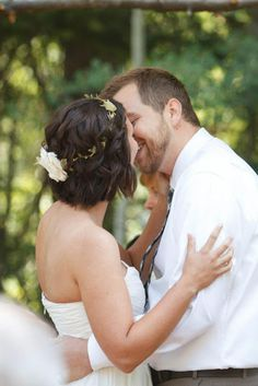 wedding hair - short bob, short hair, flower wreath