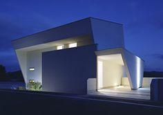 I-house by Masahiko Sato