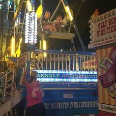 Going to the fair! #funisundertheflap #badmoms #winetime @badmoms @therachelmelvin @amyschumer @how2girl