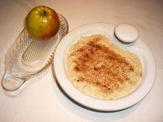 Milch-Hafer-Brei mit Apfel