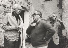 """Herbert Marcuse, Max Frisch und Theo Pinkus am """"Marcuse-Frisch""""-Seminar 1976. Foto © Jürg Frischknecht, Sammlung Studienbibliothek"""