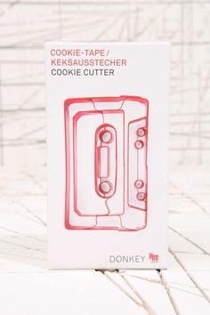 Emporte-pièce en forme de cassette chez Urban Outfitters