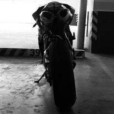Back in Black #ducati #1198sp #soloista #superbike #gofastaeatpasta #eatpastagofasta #desmo #trellis #testatretta #ohlins #brembo #pirelli Ducati 1198s, Golf Bags, Random, Instagram Posts, Sports, Hs Sports, Sport