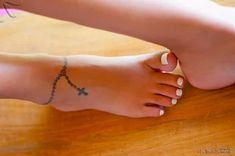 23 Prettiest Ankle Tattoos For That Über Look!