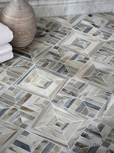 Laberinto Grand stone mosaic floor | Parterre Collection | Designed by Paul Schatz for New Ravenna