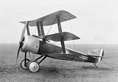 BRITISH AIRCRAFT FIRST WORLD WAR 1914-1918 (Q 68153) Sopwith Triplane. Single seat fighting scout. Serial number: N5438.