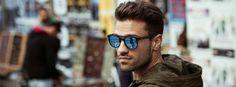 Είσαι ερωταααας 💜💜💜💜 Mans World, Singers, Greek, Mens Sunglasses, Handsome, Stylish, Inspiration, Fashion, Biblical Inspiration