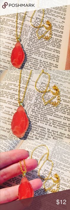 Faux Coral and Gold Necklace Brand new. Never worn. Faux gold metal. Faux coral agate slice pendant. Clasp closure. Adjustable chain length. Jewelry Necklaces