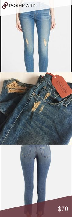 👖James Jeans Twiggy Festival Ankle Jeans 👖 Brand new super cool jeans. Hate to sell them but it's almost wedding time so I need the $$. Size 30 ankle, I'm 5 ft. so they fit like regular jeans. Not really cropped on me, just right. James Jeans Jeans