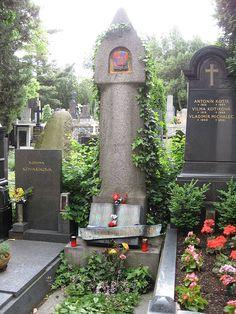 The grave of Karel Čapek and his spouse Olga Scheinpflugová in Vyšehrad cemetery