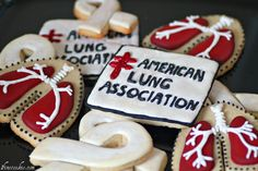 American Lung Association Cake Pops and Cookies     http://www.1finecookie.com/2011/09/project-fundraiser-for-american-lung-association-fall-2011/