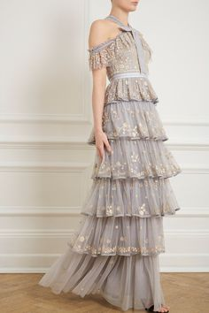 Zelda Gown in Vintage Blue from the Pre-Fall 18 Needle & Thread collection. Long Floral Maxi Dress, Floral Gown, Couture Dresses, Fashion Dresses, Pretty Dresses, Beautiful Dresses, Needle And Thread Dresses, Evening Dresses, Prom Dresses