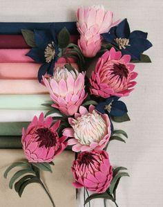 Felt Roses, Felt Flowers, Fabric Flowers, Paper Flowers, Felt Flower Bouquet, Protea Flower, Felt Diy, Felt Crafts, South African Flowers