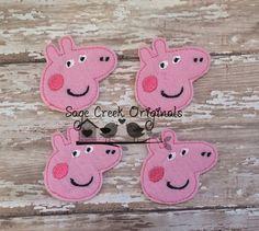 Peppa Pig  Set of 4 Character Feltie Felt por WholesaleFelts, $3.95