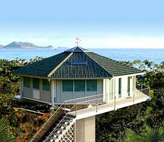 Beachfront homes, stilt houses & pedestal homes. Stilt homes on pilings, storm resistant coastal homes. Building oceanfront homes from Florida to Maine and Texas, the Bahamas and USVI since New Home Designs, Home Design Plans, Casa Octagonal, Round Building, Hawaii Homes, House On Stilts, Prefab Homes, Modular Homes, Round House