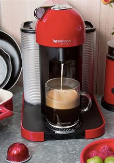 Create a fresh espresso treat in the early morning with a coffee machine from Nespresso in your collection. Plus, with so many Grand Cru brews to choose from, the breakfast possibilities are endless.