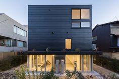 GURURI // Hiroyuki Ito Architects {ph cr.  Makoto Yoshida}