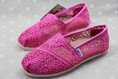 Magenta lace Toms shoes
