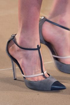 Prabal Gurung Shoes At New York Fashion Week Fall Winter 2015 - 2016 Sock Shoes, Shoe Boots, Shoes Heels, Pumps, Stilettos, Runway Shoes, Peep Toe, Beautiful High Heels, All About Shoes