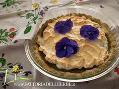 FATTORIA DELLE ERBE- #crostata con #arance #meringhe e #viole