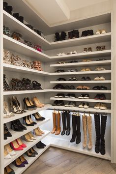 Best shoe storage ideas howards for 2019 Shoe Rack Ideas– Whether you have a magnificent shoe collection, or merely a great deal of feet in your house, a shoe planner possibility is vital to keep all of them all controlled. Walk In Closet Design, Bedroom Closet Design, Closet Designs, Diy Bedroom, Bedroom Storage Ideas For Clothes, Bedroom Storage For Small Rooms, Closet Ideas, Shoe Shelf In Closet, Glam Closet