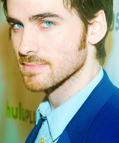 Once upon a time - Captain Hook - Colin O'donoghue - Killian Jones. If there was a film of Silverfire, I'd pick Colin to play Cailan Altair. Ouat, Once Upon A Time, Colin O'donoghue, Killian Jones, Killian Hook, Raining Men, Captain Hook, Hook And Emma, Ginger Beard