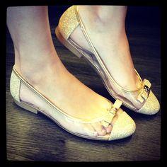 Naked com Ouro, combina com vocês? #koquini #sapatilhas #euquero #naked #petitejolie