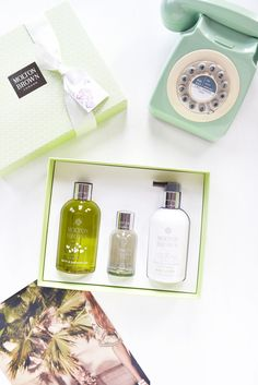 Temporary:Secretary | UK Fashion & Beauty Blogger: NEW from Molton Brown: Dewy Lily of the Valley & Star Anise