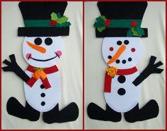 """Decoraţiune cu două feţe specifică sărbătorilor hibernale """"Om de zăpadă"""" Dimensiuni orientative:înălţimea decoraţiunii este de 66 cm iar lăţimea la nivel de cizme este de 40 cm.  Indisponibil"""