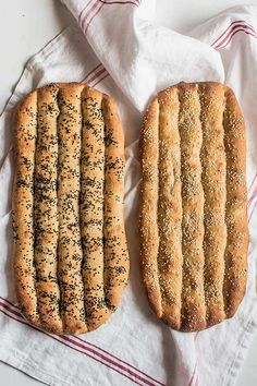 pan persa Persian bread recipe Original is ib Spanish but very interesting Full recipe pan persa Persian bread recipe Original is ib Spanish but very interesting Full recipe Pan Bread, Bread Baking, Persian Bread Recipe, Salty Foods, Pan Dulce, Empanadas, Baguette, Bread Recipes, Bakery