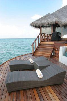 Huvafen Fushi, Maldives - World's 10 most Spectacular Swimming Pools.