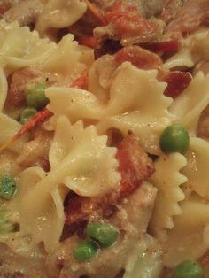 Yum cheesecake factory! Farfalle with roasted garlic and chicken. #recipe #pasta #chicken