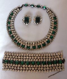 SCHREINER NY Emerald Green/Clear Rhinestone Bib Necklace/Huge Bracelet