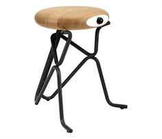 Phillip Grass taburet stol til børn og voksne er super cool. Se den her.