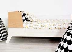 Nobodinoz Toddler Bed Horizon moonlight white Smart and easy to assemble Feet :