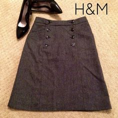 """H&M Tweed Sailor Button A-Line Skirt This classy A-line, tweed skirt from H&M has sailor button detailing on the front and two front pockets! Fully lined. Shell: 35% wool, 35% polyester, 20% acrylic, 10% viscose. Lining: 100% polyester. Waist: 14"""", length: 22.5"""", hip:18"""". NWOT! H&M Skirts Midi"""
